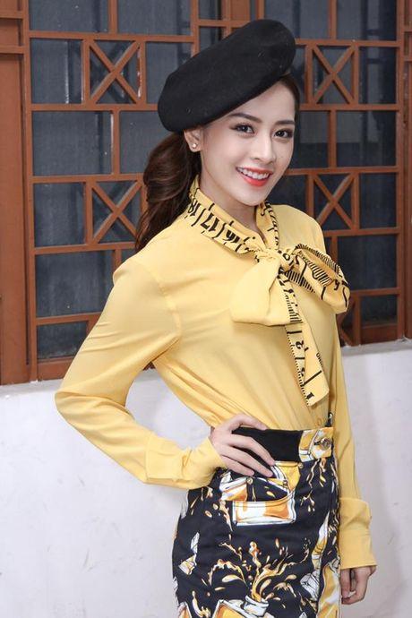 Kho hieu gu thoi trang cua Chi Pu o chuong trinh The Voice Kids - Anh 8