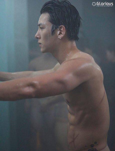 Video canh phim truyen hinh 18+ khien fan nu 'run ray' - Anh 7