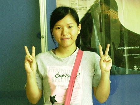 Kinh ngac voi su 'lot xac' nhan sac cua Thuy Chi - Anh 3