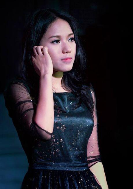 Kinh ngac voi su 'lot xac' nhan sac cua Thuy Chi - Anh 5