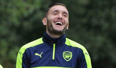 CDV Arsenal lai 'dien' vi ke hoach chuyen nhuong cua Wenger - Anh 1
