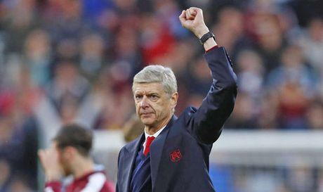 Thang Burnley, Wenger thua nhan Arsenal an may - Anh 1
