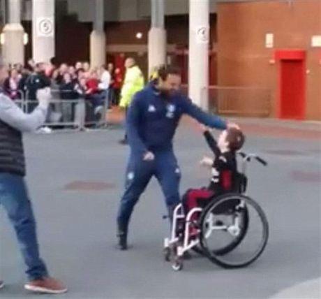 Mata va ly do fan Man Utd deu quy anh - Anh 1