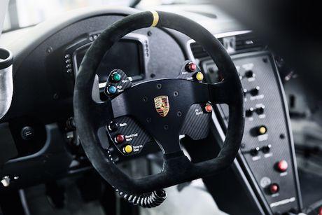 Can canh 'xe dua hang khung' Porsche 911 GT3 Cup moi - Anh 4