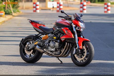 Moto PKL 'tau' Benelli BN600i do do choi hieu tai Sai Gon - Anh 1