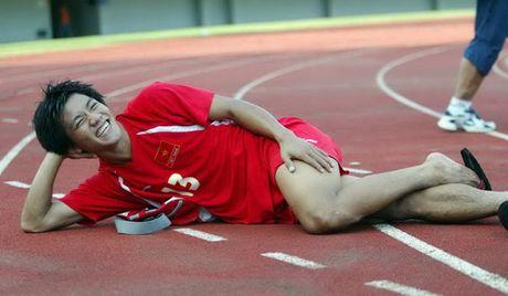 Nguoi hung AFF Cup cua Viet Nam bat ngo giai nghe - Anh 8