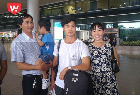 Phong cach la lam cua Cong Phuong, Tuan Anh ngay ve nuoc - Anh 7