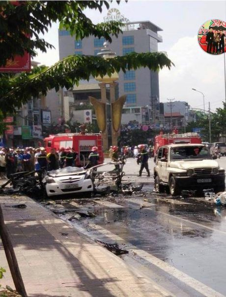 Quang Ninh: Chay no o to khien 2 nguoi tu vong - Anh 1