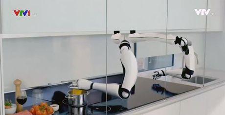 Kham pha he thong robot nau an phuc vu gia dinh - Anh 1