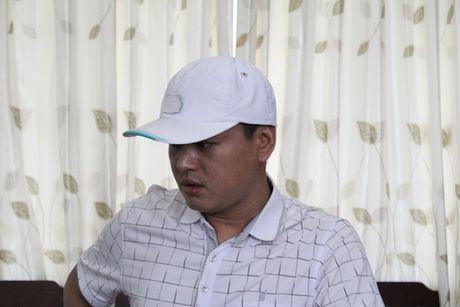 Lua dao o Trung Quoc, tron sang Viet Nam mo quan an - Anh 1