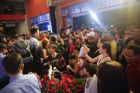 'Sao' no nuc xem show cua Mr Dam - Anh 18