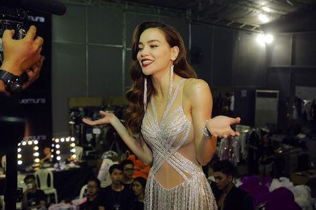 'Sao' no nuc xem show cua Mr Dam - Anh 9