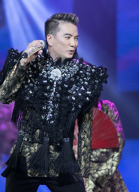 20 bo do lap lanh cau ky cua Mr. Dam trong 'Diamond show' - Anh 3