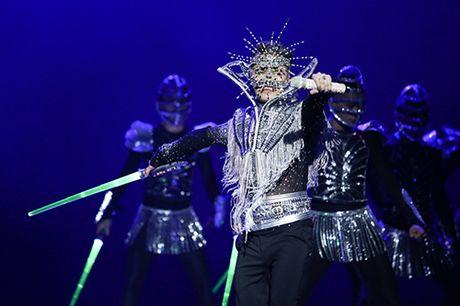 20 bo do lap lanh cau ky cua Mr. Dam trong 'Diamond show' - Anh 4