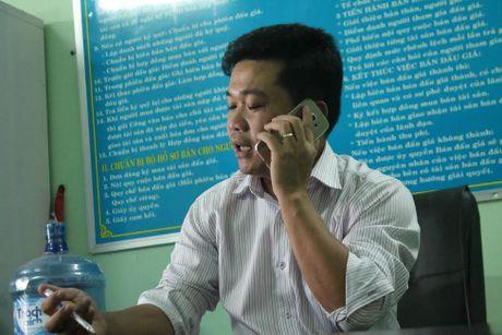 """Nhung uan khuc trong mot vu thi hanh an tai Kon Tum - Ky 2: Bien ban ban dau gia tai san ghi sai do """"loi danh may""""? - Anh 2"""