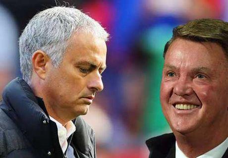 MU: Mourinho dang te hon Van Gaal 1 nam truoc - Anh 1