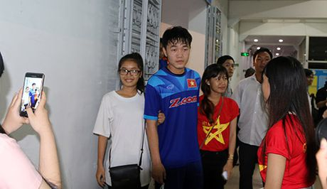 "Cong Phuong, Xuan Truong trong ""vong vay"" cua thieu nu - Anh 10"