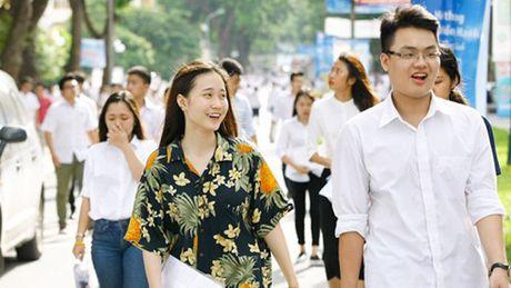 Li giai thi trac nghiem mon Toan cua Bo GD-DT khong thoa dang - Anh 1