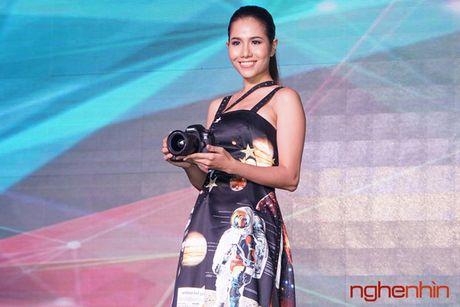 Canon EOS 5D Mark IV len ke Viet gia tu 75 trieu - Anh 1