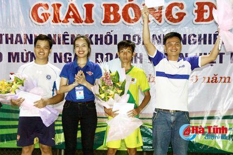 Xang dau Ha Tinh vo dich Giai Bong da khoi Doanh nghiep tinh - Anh 6