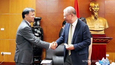 Thu truong Do Thang Hai tiep nguyen CEO Tap doan TAL Group - Hong Kong - Anh 1