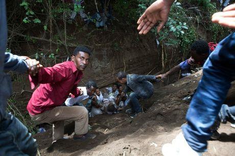 It nhat 50 nguoi chet do bi giam dap tai le hoi ton giao o Ethiopia - Anh 3