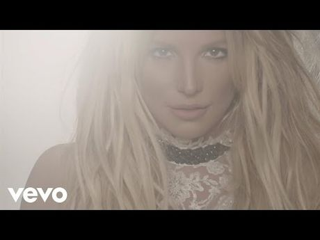 Britney Spears - Ngoi sao duy nhat co 'dac quyen' hat nhep? - Anh 5