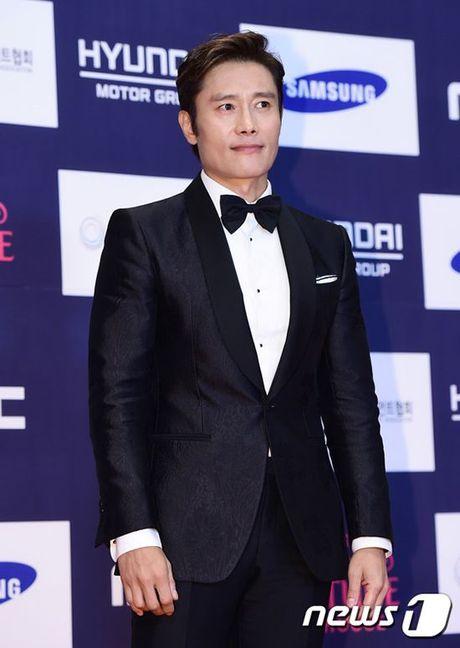 Song Joong Ki van noi ban bat giua 'rung' my nhan goi cam tai tham do APAN 2016 - Anh 18