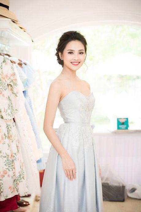 Sau Hoa hau Viet Nam 2016, cac nguoi dep va A hau dat show event hon ca Do My Linh - Anh 4