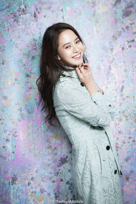 Duong Yen, Trieu Le Dinh, Trinh Sang 'ru nhau' lot vao Top 10 nu than Chau A - Anh 6