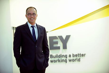 "CEO Ernst & Young Viet Nam Tran Dinh Cuong: ""Trong toi chi co mot nua la doanh nhan"" - Anh 1"