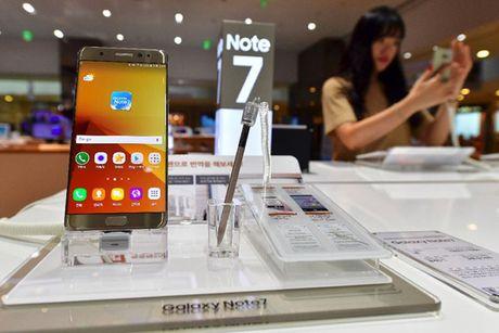 Sam Sung 'xin' mien thue doi Galaxy Note 7 bi loi tai VN - Anh 1