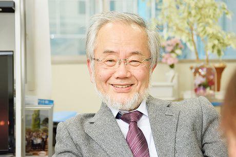 Nha khoa hoc Nhat Ban Ohsumi duoc trao giai Nobel Y hoc 2016 - Anh 1