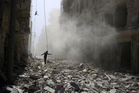Phe noi day dau hang, quan doi Syria se chua duong song - Anh 2