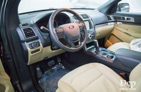 'Xem trom' chiec xe dat nhat cua Ford Viet Nam sap ra mat tai VMS - Anh 9