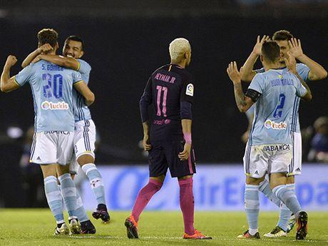 Xem lai 3 ban thua chi trong vong 11 phut cua Barcelona truoc Celta Vigo - Anh 1