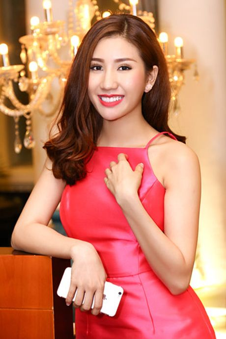 Nam Em - Bao Nhu than thiet truoc ngay len duong thi Hoa hau - Anh 2