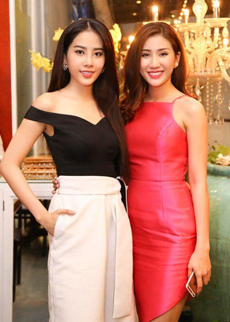 Nam Em - Bao Nhu than thiet truoc ngay len duong thi Hoa hau - Anh 3