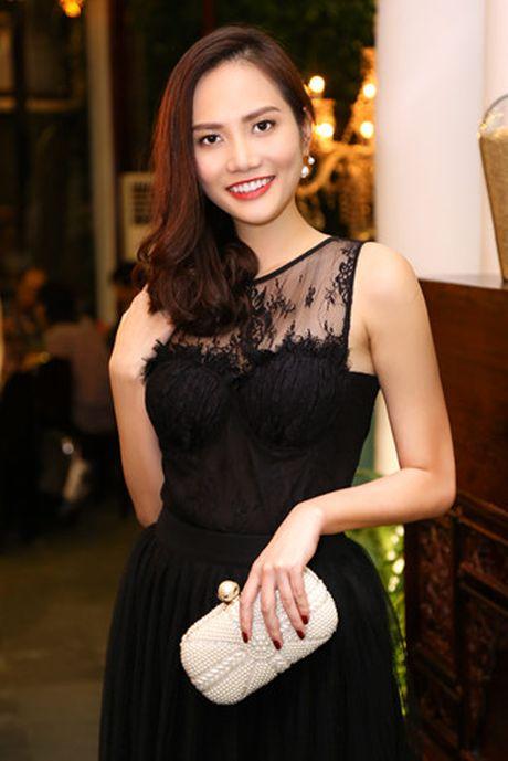 Nam Em - Bao Nhu than thiet truoc ngay len duong thi Hoa hau - Anh 7