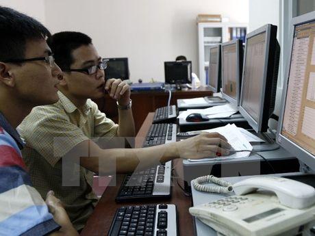 Doanh nghiep niem yet tai HNX lai 6.345 ty dong trong 6 thang - Anh 1