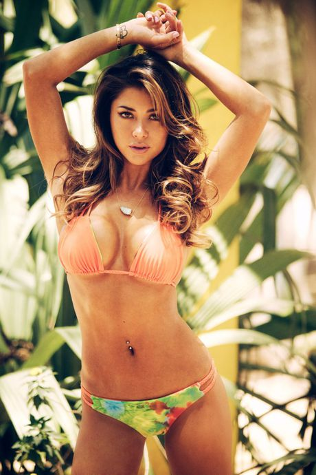 Top 20 nang Ring-girl sexy nhat the gioi (Ki 14): Arianny Celeste - Anh 9