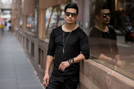 Nam than 'Truy sat' Thien Nguyen ca tinh voi sac den - Anh 4