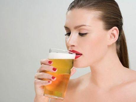 6 sai lam khi uong ruou bia - Anh 1