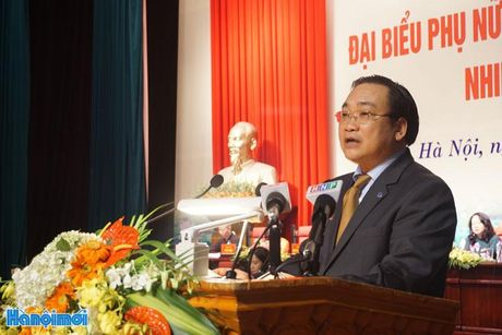 Toan van bai phat bieu cua Bi thu Thanh uy Hoang Trung Hai tai Dai hoi dai bieu Phu nu Ha Noi lan thu XV - Anh 1