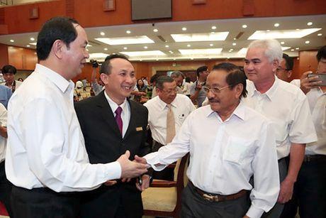 Chu tich nuoc Tran Dai Quang: Doanh nhan phai vung chac, tiep tuc giu TP.HCM o vi the dau tau - Anh 6