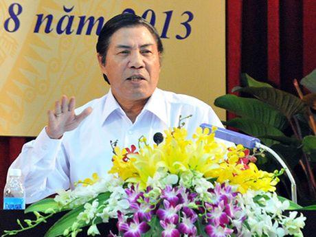 De nghi truy tang danh hieu Anh hung lao dong cho ong Nguyen Ba Thanh - Anh 1