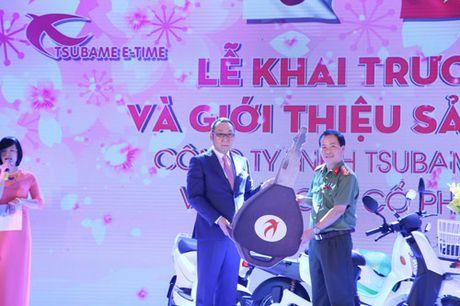 Tsubame E-time manh tay tang 100 xe may dien cho Cong an Ha Noi - Anh 4
