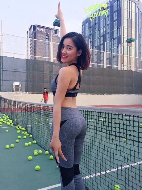 Hinh anh nong bong, dep kho cuong cua ban gai moi Tien Dat - Anh 17