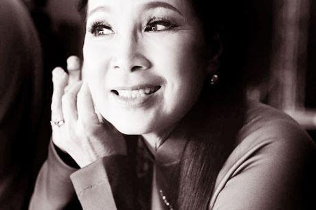 NSUT Kim Xuan va chong: Van yeu nhu thuo don dua - Anh 1