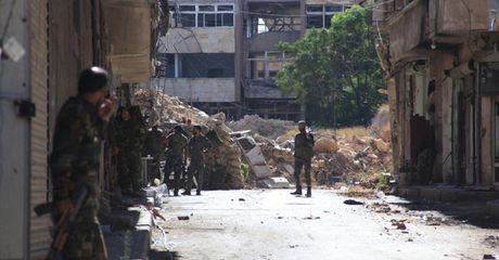 Syria: Ong Putin nam het chu bai, Ngoai truong My thu nhan bat luc! - Anh 1